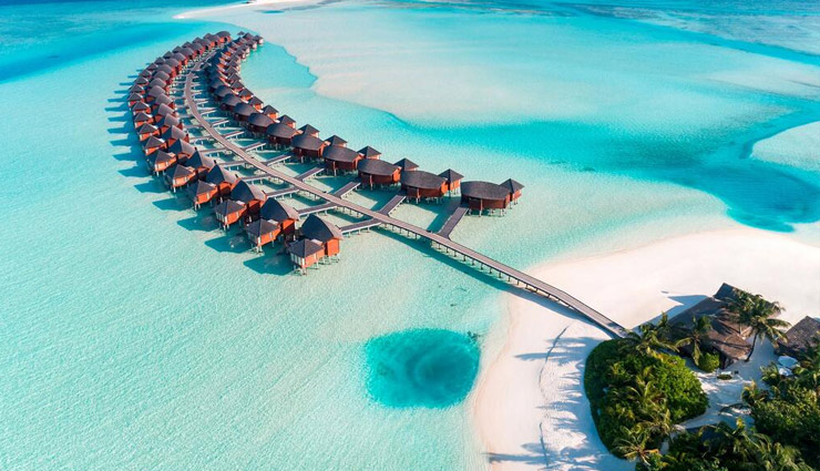 maldives,maldives tour,maldives tourism,maldives family,sea beach,massage,aquasports,tourism article in hindi ,मालदीव, मालदीव का दौरा, मालदीव पर्यटन, मालदीव परिवार, सी बीच, मसाज, एक्वास्पोर्ट, हिन्दी में पर्यटन संबंधी लेख