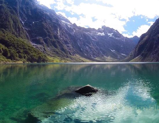 switzerland,new zealand,5 most visited national park in the world,national parks,animals,kakadu national park,australia,fiordland national park,swiss national park,banff national park,canada,yosemite national park,united states