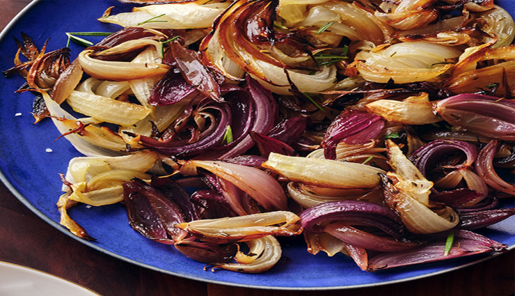 onion,taste,Health,onion health,onion taste,roasted onion,caramalized onion,onion dishes,health news in hindi ,प्याज, प्याज स्वाद, प्याज स्वास्थ्य, भुना हुआ प्याज, प्याज का रायता, प्याज सेहत, हिन्दी में स्वास्थ्य संबंधी समाचार