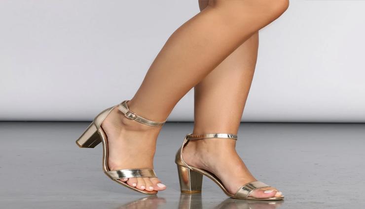 heels,espadrilles heels,kitten heels,platform heels,block heels,pumps heels,steel toes heels,fashion news in hindi ,हील्स, स्टिलटोज, पम्प्स, ब्लॉक हील्स, प्लेटफॉर्म हील्स, किटन हील्स, हिन्दी में फैशन संबंधी समाचार