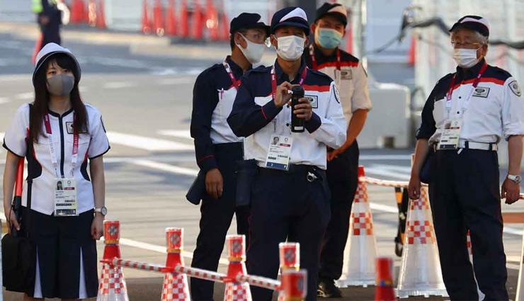 Tokyo Olympic : खेलगांव में बढ़ता ही जा रहा कोरोना का खतरा! तीन एथलीट हुए संक्रमित