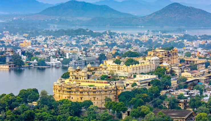उदयपुर : हर कोई खिंचा चला आता है झीलों की नगरी की ओर, इन जगहों की बात ही कुछ और...