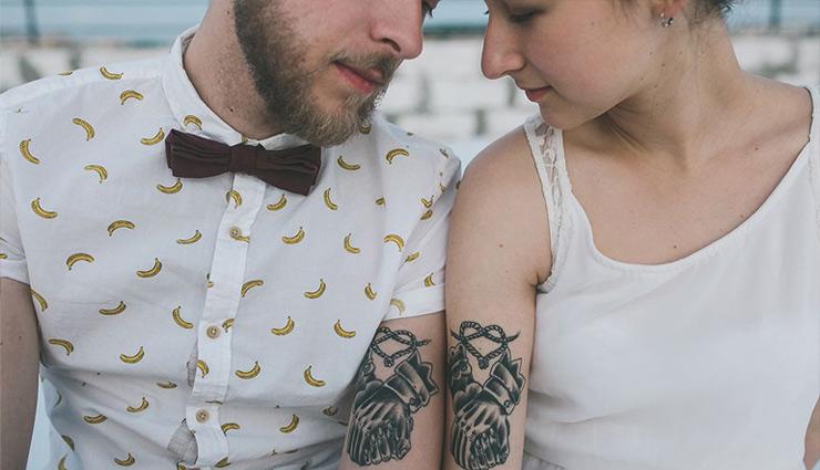 tattoo,couples,couples tattoo,king and queen crowns tattoo,name and date tattoo,fingerprint tattoo,matching tattoos,connecting tattos ,टैटू, दंपत्ति, टैटू दंपत्ति, किंग एंड क्वीन क्राउन्स टैटू, नेम एंड डेट टैटू, फिंगरप्रिंट टैटू, मैचिंग टैटूज, कनेक्टिंग टैटूज