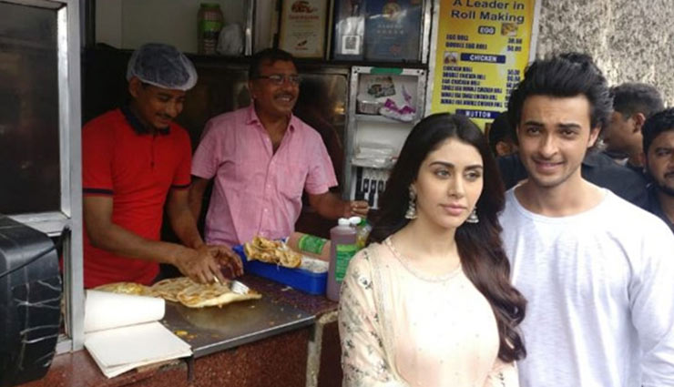 Loveratri Star Aayush Sharma and Warina Hussain seek blessing at Kali Temple and enjoy street food in Kolkata