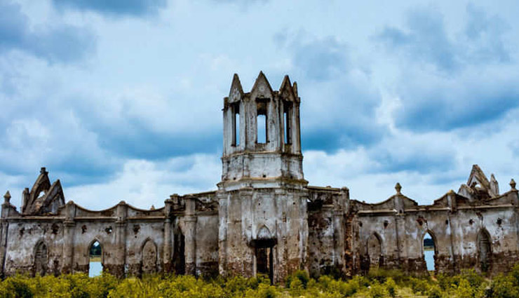 5 Churches in India That are Abandoned and a Must Visit