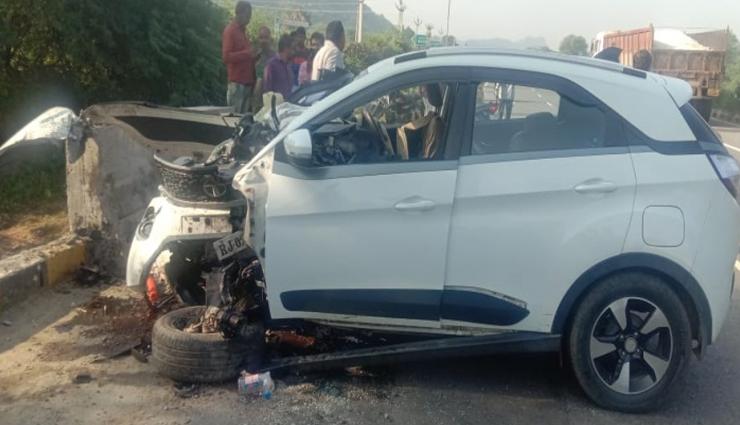 सिरोही : अनियंत्रित होकर डिवाइडर से टकराई कार, महिला की मौत, तीन अन्य घायल