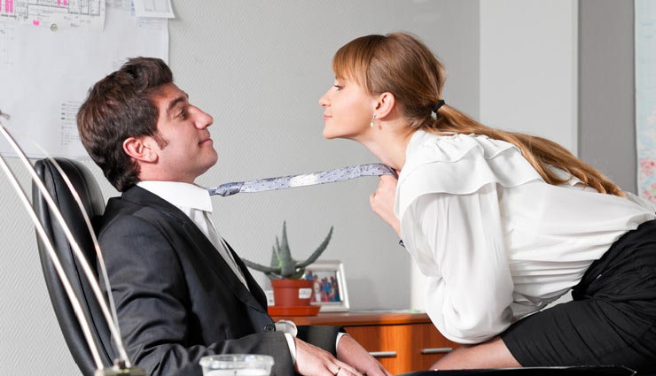 6 Tips To Have Tension Free Office Romance