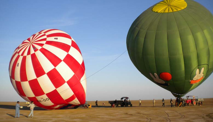 5 Places To Enjoy Hot Air Balloon Ride in India
