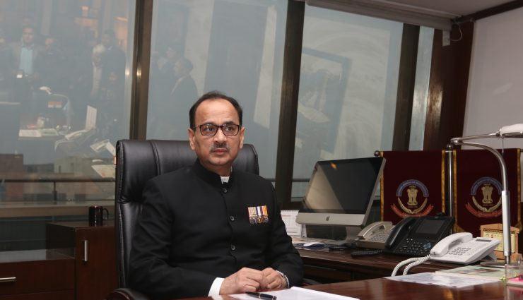 CBI चीफ के पद से हटाए जाने के बाद आलोक वर्मा ने दिया इस्तीफा, डीजी फायर सर्विस का पदभार ग्रहण करने से किया इनकार