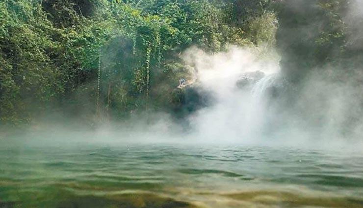 weird news,weird information,weird river,mysterious boiling river mayantuyacu,amazon forest river ,अनोखी खबर, अनोखी जानकारी, अनोखी नदी, रहस्यमयी उबलती नदी मयानतुयाकू, अमेजन जंगल की नदी