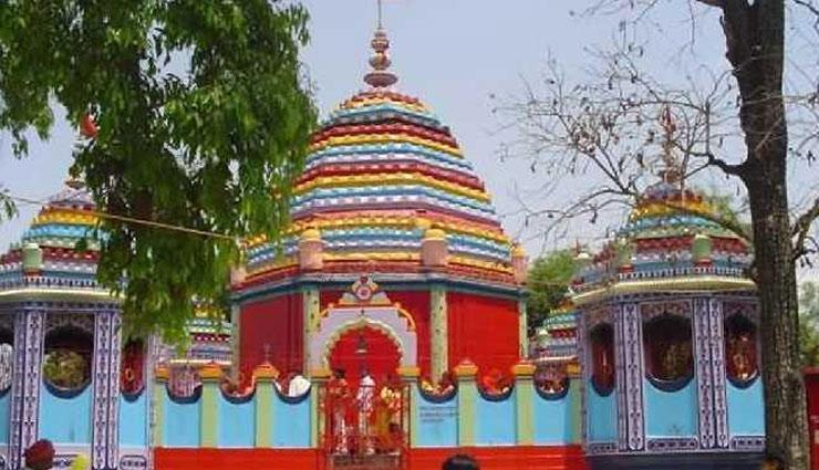 इस मंदिर में चढ़ाए जाते हैं 'हाथी-घोड़े', लेकिन क्यों आइये जानें