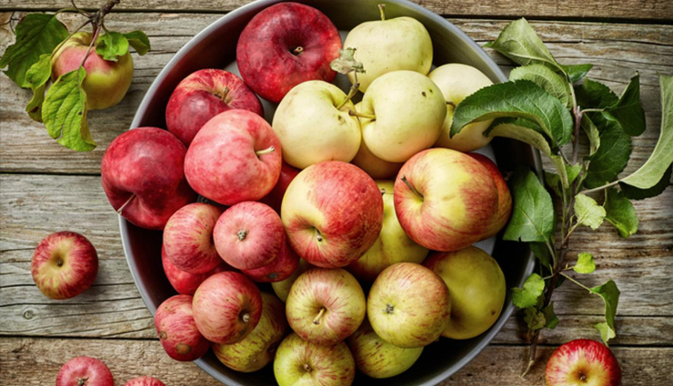 Some Reasons To Convince You To Eat An Apple Everyday