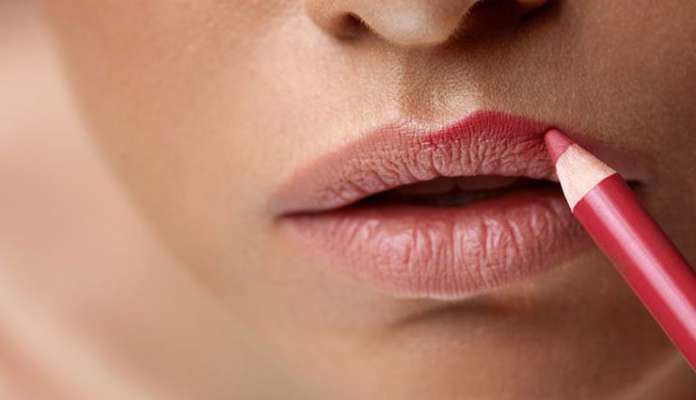lip-liner,reasons to apply lip-liner,beauty tips,makeup tips