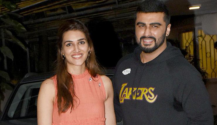 PICS- Arjun Kapoor, Kriti Sanon Titanic Pose is More Like SRK Pose