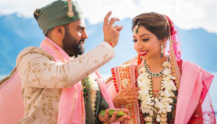 हर लड़की की जिंदगी में आते हैं शादी के बाद ये बदलाव, जानें और करें महसूस