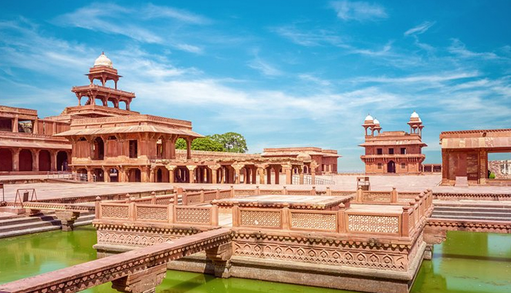 Apart From Taj Mahal, These are the Major Attractions of Agra