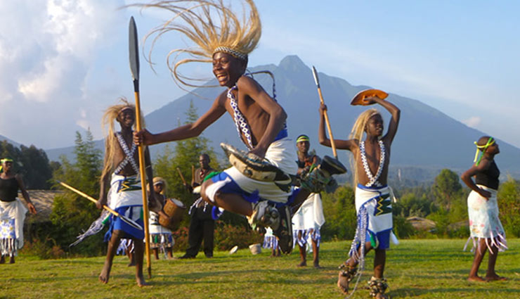 attractions of rwanda,rwanda,africa,places to visit in rwanda,volcanoes national park,karisoke research center,lake kivu,nyungwe national park,twin lakes