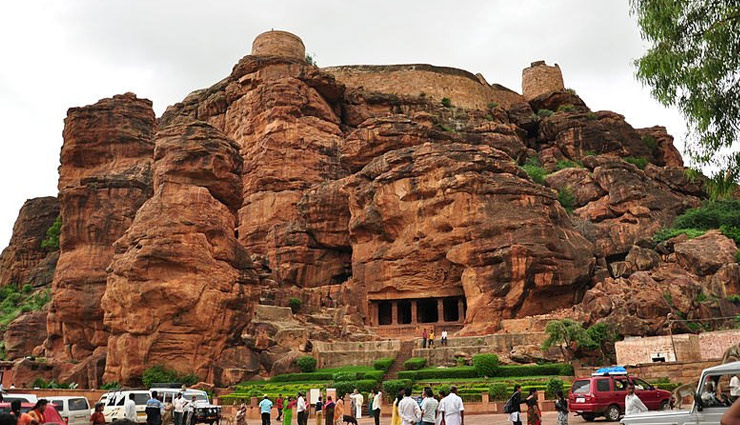 least known cave temples in india,cave temples in india,cave temples,temples in india,badami caves,karnataka,mawsmai caves,meghalaya,bhimbetka caves,madhya pradesh,ellora caves,aurangabad,pataleshwar cave temple,maharashtra