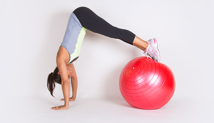 5 Ball Exercises That Help You Loose Weight