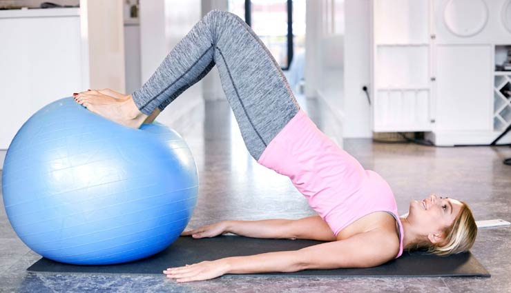 tonned abs,ball exercises,ball exercises for abs,Health tips,fitness tips