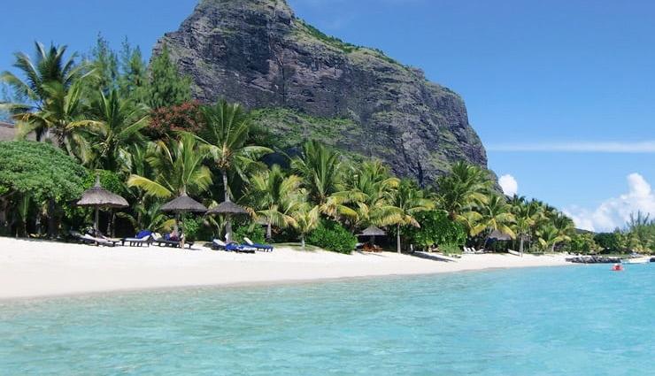 tourist spots in mauritius,honeymoon destination mauritius,places to visit in mauritius,foreign destination,holidays,travel guide,travel tips