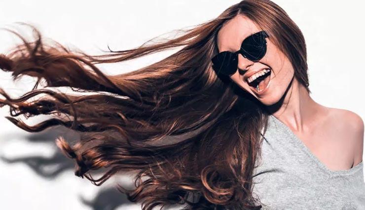 इन 5 तेल की मसाज से दूर करें बालों की समस्याएं, मजबूती के साथ मिलेगा आकर्षण