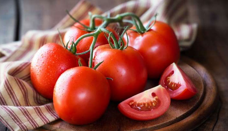 5 Reasons Why Tomatoes are Beneficial For Your Skin