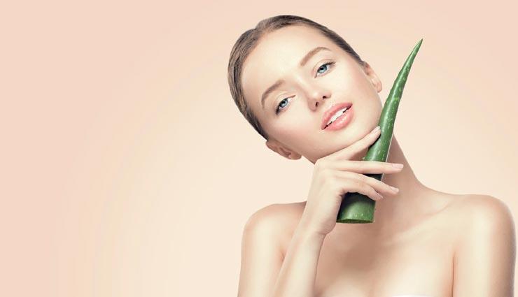 गर्मियों में एलोवेरा बनेगा आपकी स्किन के लिए संजीवनी, मिलेगी निखरी हुई त्वचा