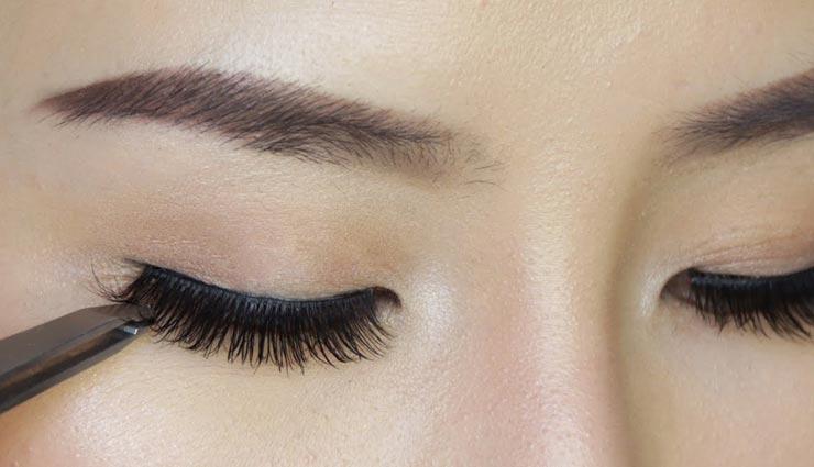 beauty tips,beauty tips in hindi,thick and long eyelids,eyelids tips ,ब्यूटी टिप्स, ब्यूटी टिप्स हिंदी में, आंखों की सुंदरता, घनी और लम्बी पलकें, पलकों के ब्यूटी टिप्स