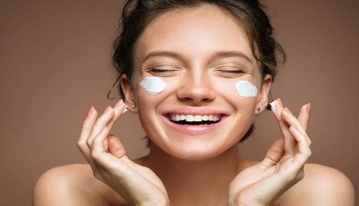 त्वचा की चमक को बरकरार रखेगी मलाई, जानें कैसे करें इस्तेमाल