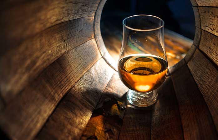 whisky,health benefits of whisky,whisky keep healthy,Health tips,whisky health benefits ,व्हिस्की, व्हिस्की के फायदे, बीमारियों का इलाज, व्हिस्की से सेहत, हेल्थ टिप्स