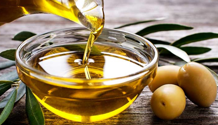 5 Amazing Benefits of Using Olive Oil For Skin