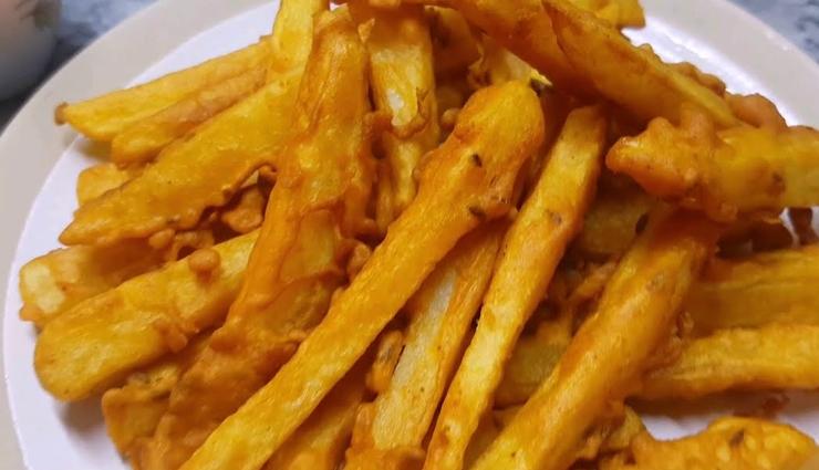 recipe to make besan fry,besan fry recipe in hindi,hunger struck,food,easy to cook recipes ,फ्रेंच फ्राइस की जगह बनाएं कुछ अलग - बेसन फ्राई