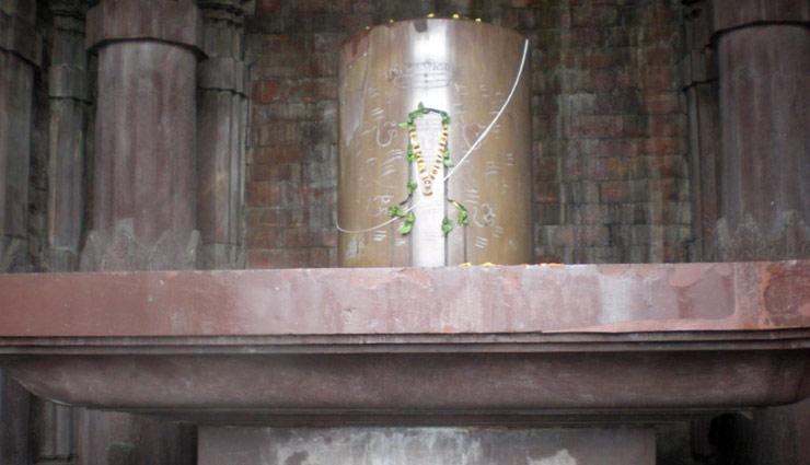 madhya pradesh,madhya pradesh tourism,madhya pradesh travel guide,tourist destination in madhya pradesh,madhya pradesh climate,best time to visit madhya pradesh,madhya pradesh temple,madhya pradesh famous temple,holidays,travel,travel guide ,मध्यप्रदेश,पचमढ़ी,भीमबेटका,ओम्कारेश्वर,मांडू,भोजपुर,ट्रेवल