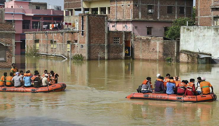 बाढ़ का कहर: असम, बिहार, मेघालय में मरने वालों की संख्या हुई 123, केरल में रेड अलर्ट जारी