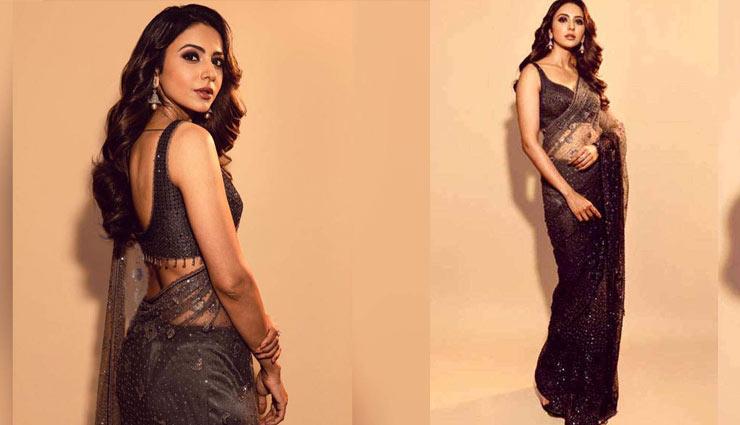 rakul preet,saree. rakul preet saree look. sexy rakul preet,fashion,fashion trends ,राकुल प्रीत सिंह, साड़ी, फेशन
