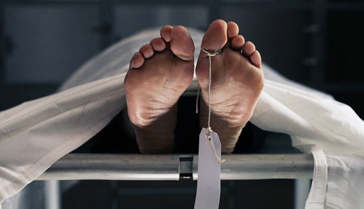 COVID-19 Body Lies Unattended For 18 Hours in Kolkata