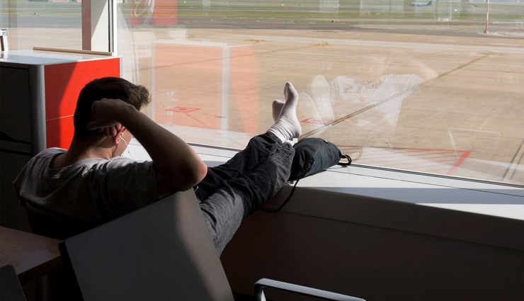 10 Creative Activities To Prevent You From Getting Bored at Airport