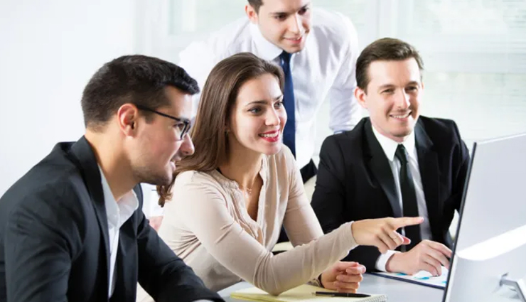 tips to be good friends with your co-worker,how to become a good friend of your co-worker,mates and me,relationship tips