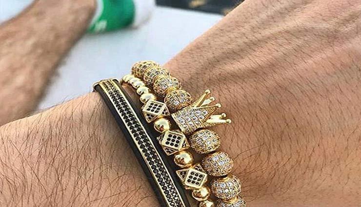 craze of jewellery in men,craze of jewellery is increasing among men,men jewellery craze,bracelets,chains,rings,cuff lings,tie cliff,fashion tips,men fashion tips ,फैशन टिप्स, पुरूषों में बढ़ रहा ज्वैलरी का क्रेज , पुरुषों के लिए फैशन टिप्स