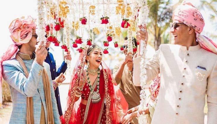 double dupatta in wedding,wedding fashion,bride fashion tips,bride wedding dupatta,fashion tips,fashion trends ,फैशन टिप्स, फैशन ट्रेंड्स, डबल दुपट्टा, शादियों में बढ़ रहा डबल दुप्पटे का ट्रेंड