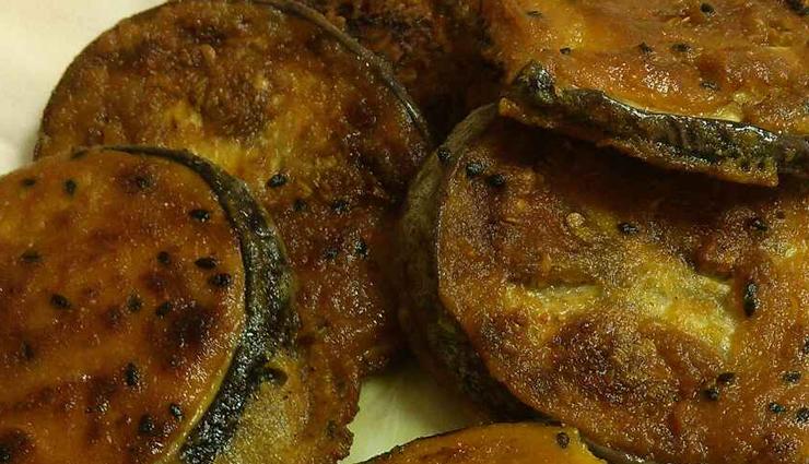brinjal fritters,brinjal fritters recipe,snacks recipe,tea time sancks,hunger struck,food