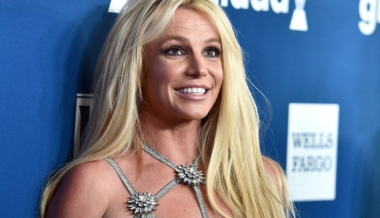 Britney Spears reveals hitherto unknown facts about 2007 breakdown