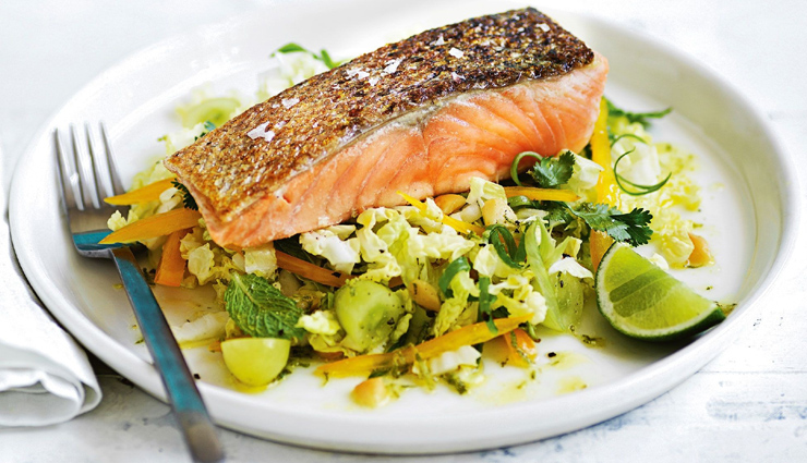 eggs,chicken breast,milk,salmon,quinoa,legumes,healthy food,food for muscle,Health tips,muscle building tips,fitness tips