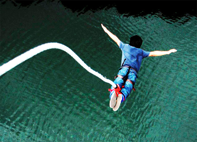 bungee jumping,bungee jumping in india,india,rishikesh,uttarakhand,lonavala,maharashtra,goa,delhi,bangalore,karnataka,adventure sports in india