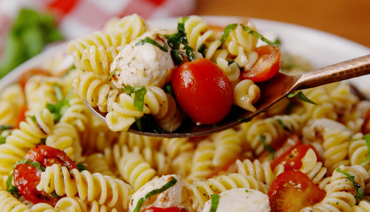 Recipe- Make Your Weekend Dinner Special With Caprese Pasta Salad