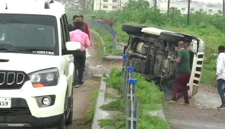 vikas dubey,stf car accident,kanpur police,yogi government,ujjain to kanpur,uttar pradesh,yogi adityanath,news ,विकास दुबे,एनकाउंटर