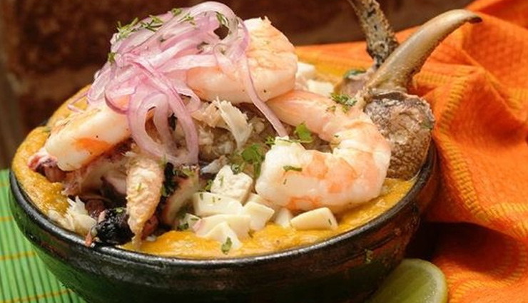 guayaquil,dishes try in guayaquil,traditional dishes,patacones con queso,ceviche,encocado,encebollado,seco de chivo,holidays,travel