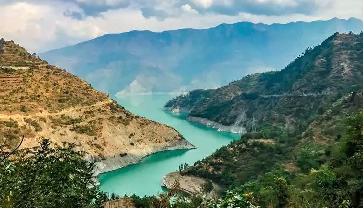हिमाचल प्रदेश की शान बढ़ाता हैं चंबा, देखने को मिलती हैं मनमोहक खूबसूरती