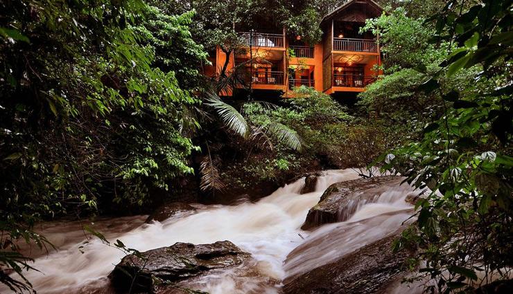 cheapest hotels in india,hotels in india,urbanpod hotel,vythiri resort tree house,yurutse homestay,raas,guhantara cave resort